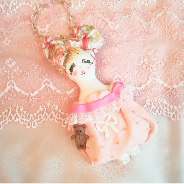 ピンクレースドール♥️♥️♥️ ハンドメイドのぬいぐるみ/人形(人形)の商品写真
