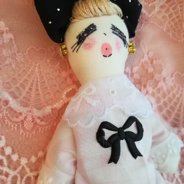 ピンクギンガムワンピースドール♥️♥️ ハンドメイドのファッション小物(バッグチャーム)の商品写真