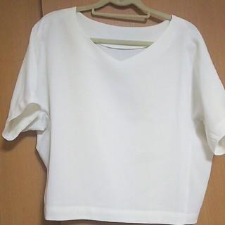 ジーユー(GU)のGU 無地 ブラウス Tシャツ 半袖 白 ホワイト(シャツ/ブラウス(半袖/袖なし))