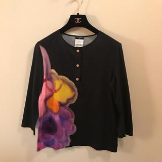 シャネル(CHANEL)の2015 シャネル Tシャツ カットソー トップス 黒 七分袖 花柄 ピンク(カットソー(長袖/七分))