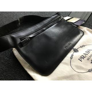 プラダ(PRADA)のPRADA 黒 皮革 ウエストポーチ ギャランティ付属(ボディバッグ/ウエストポーチ)