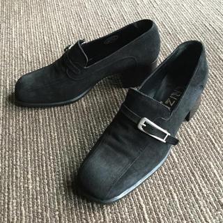 クリツィア(KRIZIA)のKRIZIA・ローファーパンプス・黒・イタリア製・23.5cm位・ローヒール(ローファー/革靴)