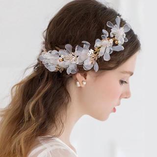 お花とパールのヘッドドレス ホワイト ヘッドアクセサリー ウエディングアクセ
