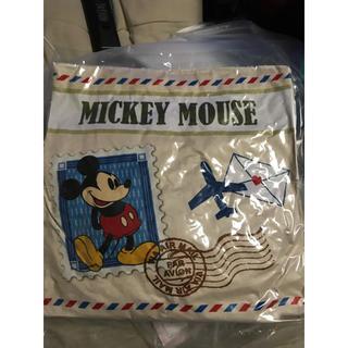 ディズニー(Disney)のミッキークッション 新品(クッション)