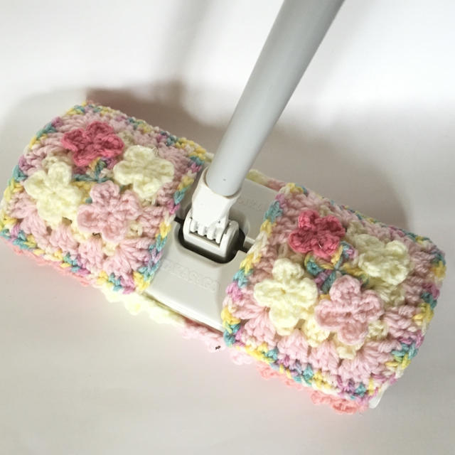 アクリルモップ お花畑 ハンドメイドの生活雑貨(キッチン小物)の商品写真