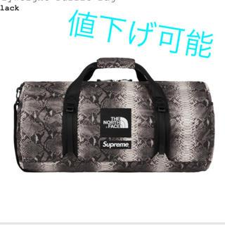 シュプリーム(Supreme)のsupreme&the north face duffle bag(ドラムバッグ)