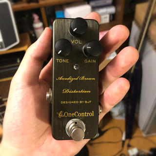 onecontrol Anodized Brown Distortion(エフェクター)