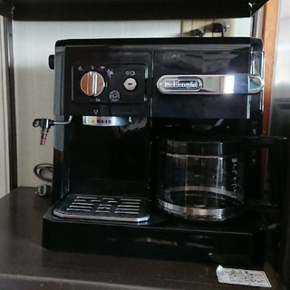 デロンギ(DeLonghi)のデロンギ コーヒーマシン(コーヒーメーカー)