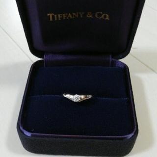 ティファニー(Tiffany & Co.)のティファニープラチナダイヤカーブドリング新品(リング(指輪))