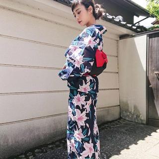 ジェイダ(GYDA)のGYDA3店舗限定♡限定浴衣ノベルティー♡ネイビー♡浴衣と帯の3点セット(浴衣)
