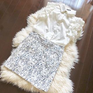 アミウ(AMIW)のAMIW総レーススカート白青花(ミニスカート)