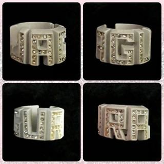 スワロフスキー(SWAROVSKI)の未使用品 JAGURA ロゴ ホワイト スワロフスキー リング 指輪(リング(指輪))