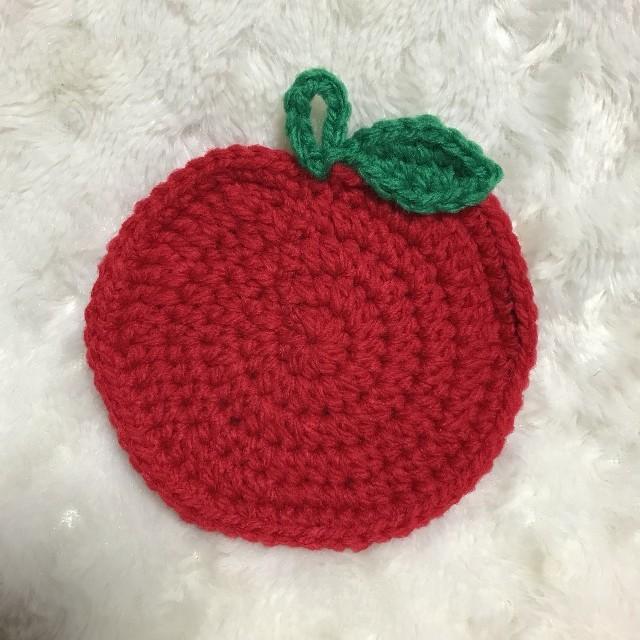 葉っぱりんご☆アクリルたわし ハンドメイドの生活雑貨(キッチン小物)の商品写真