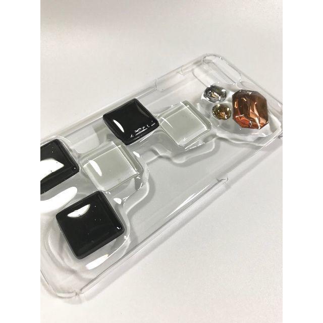 ハンドメイド  iPhoneケース  タイル④ ハンドメイドのスマホケース/アクセサリー(スマホケース)の商品写真