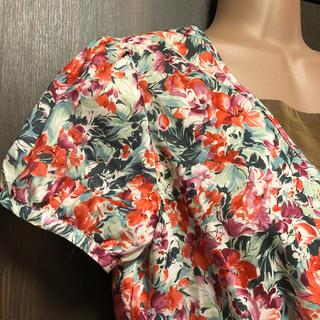 ローズブリット(rosebullet)のrosebullet ボタニカル 花柄ブラウス✴︎アナイ イエナお好きな方にも(シャツ/ブラウス(半袖/袖なし))
