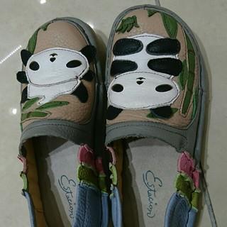 専用  31まで🐼⤴値下エスタシオン👟Sサイズ 🐼パンダ柄(ローファー/革靴)