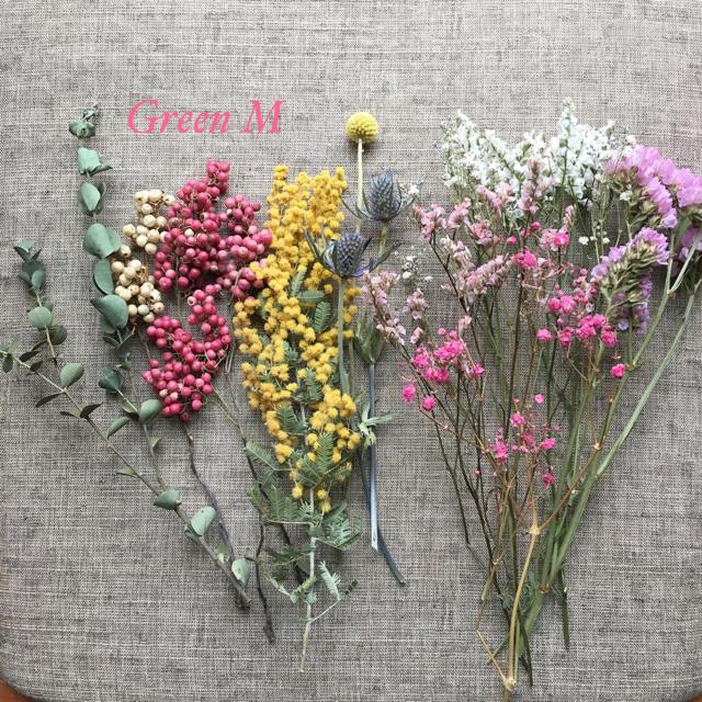 ミモザドライフラワーのピンク系ボタニカルセット✳︎送料無料 【64】 ハンドメイドのフラワー/ガーデン(ドライフラワー)の商品写真