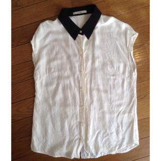 カーライフ(carlife)のCarlife シルク混ノースリーブシャツ(シャツ/ブラウス(半袖/袖なし))