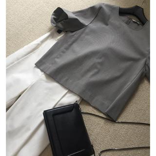 ルシェルブルー(LE CIEL BLEU)の【セール】ほぼ新品グレーブラウス(シャツ/ブラウス(半袖/袖なし))