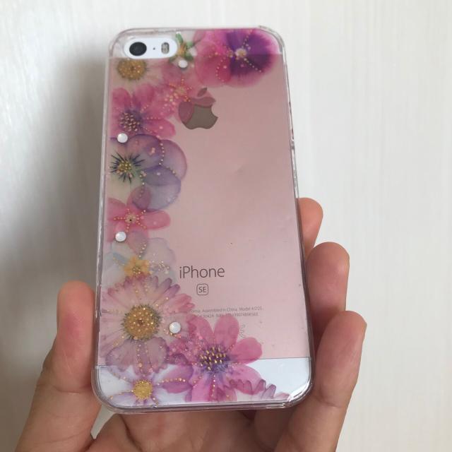 iPhone(アイフォーン)の♡iPhone お花 スマホケース♡ ハンドメイドのスマホケース/アクセサリー(スマホケース)の商品写真