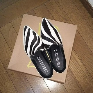 マークジェイコブス(MARC JACOBS)のMARC JACOBS ハラコシューズ⭐️⭐️⭐️(ローファー/革靴)