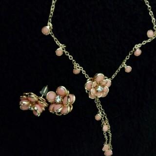 パウダーシュガー(POWDER SUGAR)のお花のネックレス&ピアス(ネックレス)
