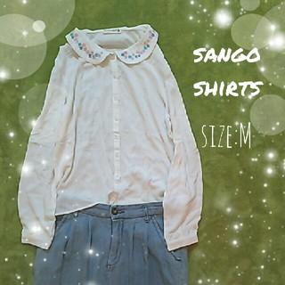 サンゴ(sango)の《sango》オフホワイトシャツ(シャツ/ブラウス(長袖/七分))
