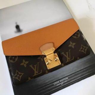 ルイヴィトン(LOUIS VUITTON)の【極美品・2017年製】ルイ・ヴィトン モノグラム  パラス長財布(財布)