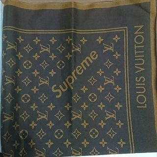 ルイヴィトン(LOUIS VUITTON)のLOUIS VUITTON × Supreme BANDANA(バンダナ/スカーフ)