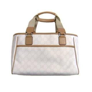 グッチ(Gucci)のグッチモノグラムトート白新品R41(トートバッグ)