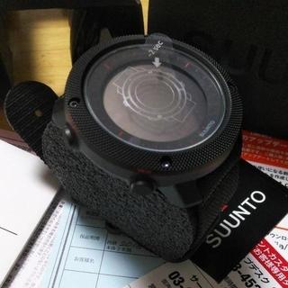 スント(SUUNTO)の5%クーポン対象6/25 9:59までスントトラバースアルファ ブラックレッド(腕時計(デジタル))