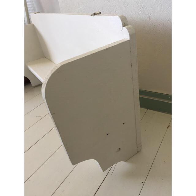 ハンドメイド アンティークな壁掛けラック インテリア/住まい/日用品の収納家具(棚/ラック/タンス)の商品写真