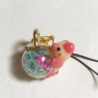 ぶたさんガラスドーム(スマホストラップ/チャーム)