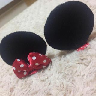 ディズニー(Disney)のディズニー ヘアアクセサリー ヘアピン ミニーマウス 美品(ヘアアクセサリー)