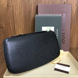 ルイヴィトン(LOUIS VUITTON)の超極美品❤保証書付き❤タイガ❤オーガナイザ❤ルイヴィトン❤v829(財布)
