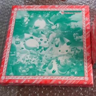 ポケモン(ポケモン)の過去ポケモンセンター限定品!マグカップ&絵皿セット♪クリスマス2012デザイン(食器)