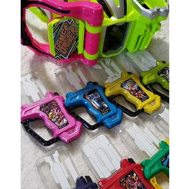BANDAI(バンダイ)の仮面ライダーエグゼイド エンタメ/ホビーのおもちゃ/ぬいぐるみ(キャラクターグッズ)の商品写真