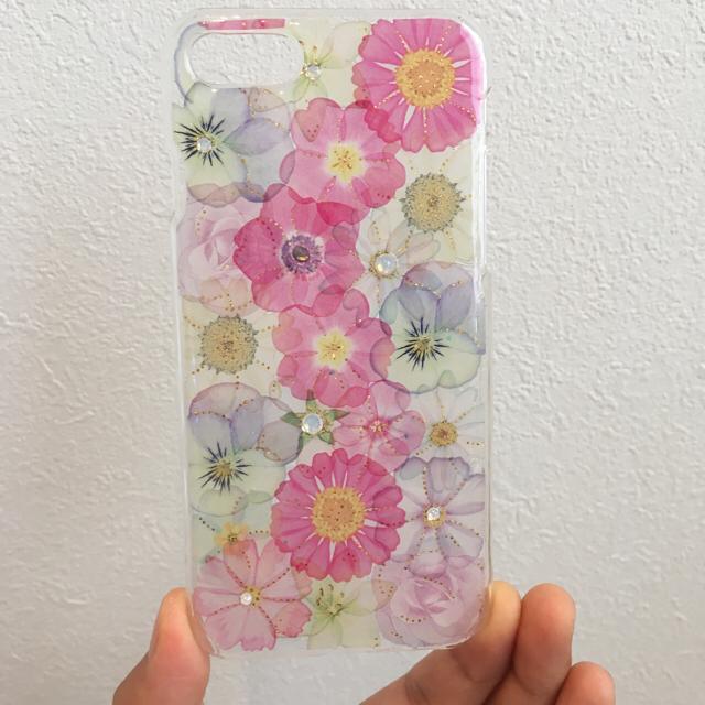 iPhone(アイフォーン)の♡iPhoneケース お花 全面バージョン♡ ハンドメイドのスマホケース/アクセサリー(スマホケース)の商品写真