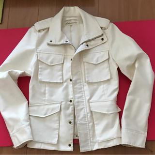 ガラアーベント(GalaabenD)のホワイトジャケット(フライトジャケット)