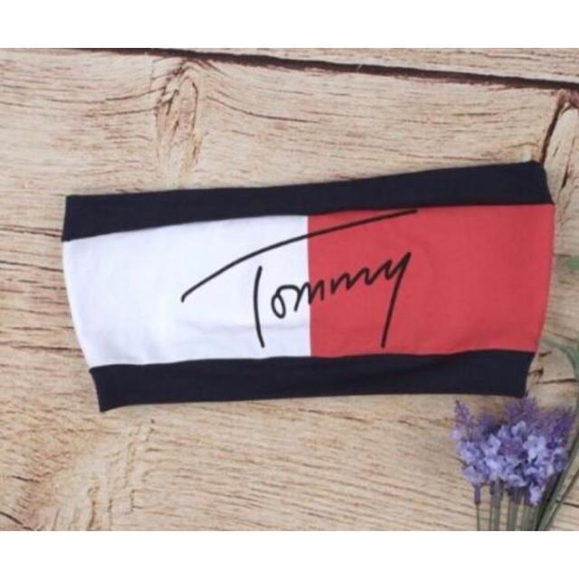 TOMMY HILFIGER(トミーヒルフィガー)のブラトップ レディースのトップス(ベアトップ/チューブトップ)の商品写真
