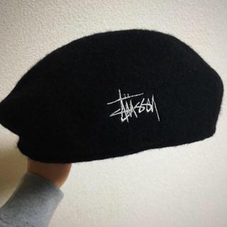 ステューシー(STUSSY)のStussy ベレー帽(ハンチング/ベレー帽)