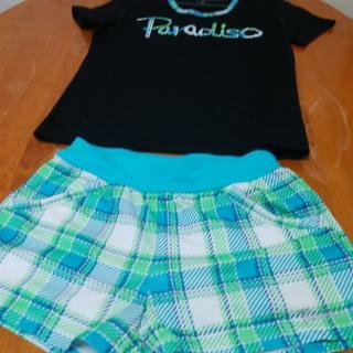 パラディーゾ(Paradiso)のレディース 黒色Tシャツとグリーンチェックパンツ 上下セット(ウェア)