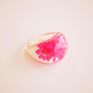 ピンクのお花のリング(リング(指輪))