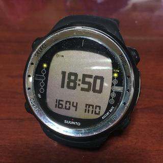 スント(SUUNTO)のスントD4I腕時計 バンドはD4ノボのブラックに交換済み(腕時計(アナログ))