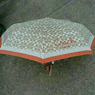 コーチ(COACH)のコーチ傘 PUSHボタン式 タグ付き(傘)