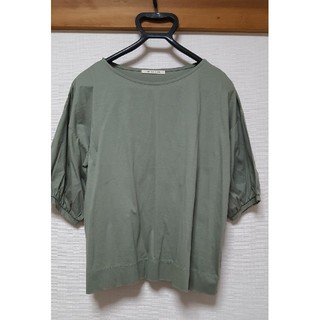 ピュアルセシン(pual ce cin)のPUAL CE CIN 半袖カットソー 試着のみ 美品 カーキー色(Tシャツ(半袖/袖なし))
