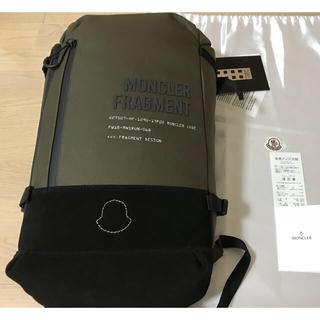 モンクレール(MONCLER)のMONCLER GENIUS×Fragment  バックパック カーキ(バッグパック/リュック)