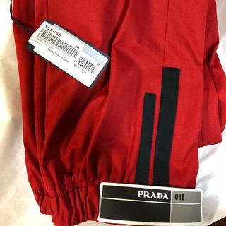 プラダ(PRADA)のprada 18ss パンツ ロゴパンツ 46(ワークパンツ/カーゴパンツ)