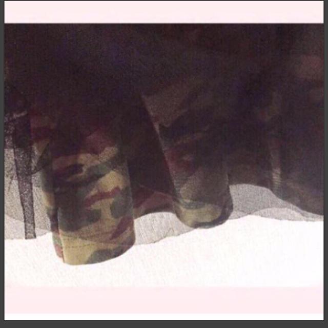 しまむら(シマムラ)の11.  80cm 重ね着風ワンピース 半袖Tシャツ×迷彩チュールスカート キッズ/ベビー/マタニティのベビー服(~85cm)(ワンピース)の商品写真
