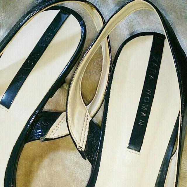 ZARA(ザラ)のZARA エナメルパンプス 40 大きいサイズ レディースの靴/シューズ(ハイヒール/パンプス)の商品写真